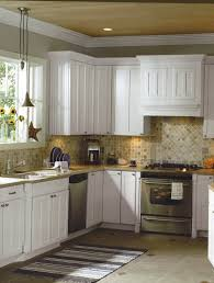 best floor and counter color for white kitchen cabinets   Country ...
