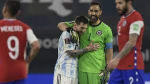 El partido entre la argentina y chile se jugará con la pelota nike ordem campeón, con un diseño parecido al utilizado en el el hecho ocurrió en el partido de ayer entre argentina y estados unidos. Qfslpm0qy5klrm