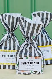 wedding favours best unique ideas (bridesmagazine co uk) Wedding Giveaways Uk bags of sweets favours wedding giveaway contest