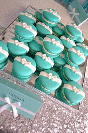 The Circle Garland Backdrop  This Is How I Envision Oursmixed Tiffany And Co Themed Baby Shower