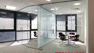 glass partition supplier dubai