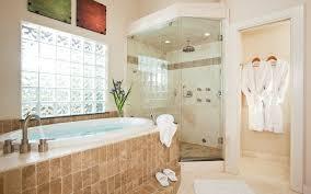 texas romantic getaways luxurious bathroom