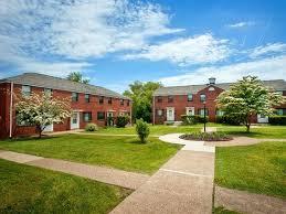 Charming APT: 2 Bedroom   Hoodridge Court Apartments In Pittsburgh, PA | Zillow