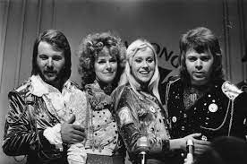 Songkick is the first to know of new tour announcements and concert information, so if your favorite artists are not currently on tour, join songkick to track cher and get. Abba Comeback 2021 Schwedische Kultband Nimmt Zwei Neue Songs Auf