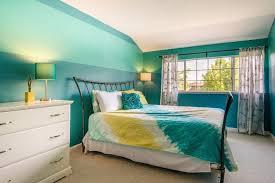 Transitional Kids Bedroom with Xhilaration Tie Dye Quilt - Turquoise  Full/Queen, Teen bedroom