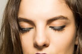 9 eyeliner tricks that will change your life or at least save you time