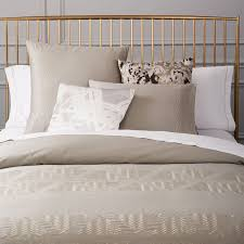 400 thread count embroidered pyramid duvet cover shams