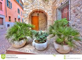 ... Cool Green Round Modern Soil Plants For Front Of House Decorative Plants  On Ceramics ...