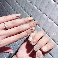 ネイル デザイン 短い爪 派手