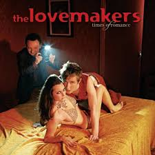 Lovemakers shake that ass