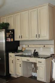 Full Size of Kitchen:black Granite And White Cabinets What Kind Of Paint To  Use ...