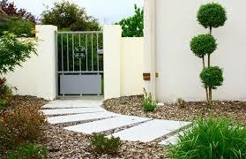 aménager son entrée de maison extérieur