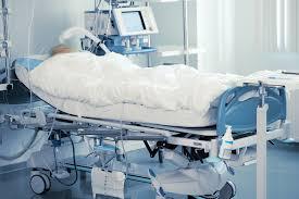 Комы классификация признаки принципы лечения Она всегда становится результатом глобальной сосудистой катастрофы ишемического или геморрагического инсульта разрыва аневризмы поэтому развивается
