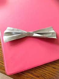 picture of diy duct tape bow