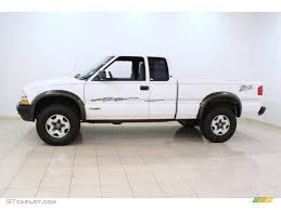 Summit White 1999 Chevrolet S10 LS Extended Cab 4x4 Exterior Photo ...