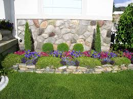 Small Picture decorating flower beds Small yard Landscape flower beds Yard