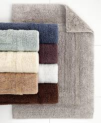 Bathroom Mesmerizing Bath Mat With Beautiful Design And Color For
