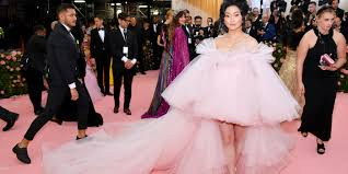 Select from premium lana condor of the highest quality. Lana Condor S Met Gala Gown Was So Big She Lost Her Purse In It