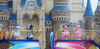 ディズニー夏祭りを楽しむために必要な5つのもの