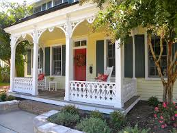 yellow house red door i like it