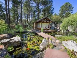 Creating a Japanese garden of your very own may seem like a simple idea,  but the reality is it's an art form that must be studied in order to be  perfected.