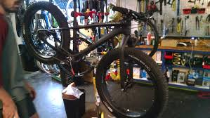 Guy At The Bike Shop Bought A Carbon Fiber Fat Bike 23 Lbs As Of