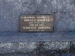 Donald & Winifred Summers, Thomas & Esther Hendry