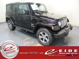 2018 black clearcoat jeep wrangler jk unlimited sahara 3 6l 6 cylinder engine 4 door