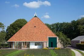Dutch Barn Door Plans 15 Barn Home Ideas For Restoration And New Construction