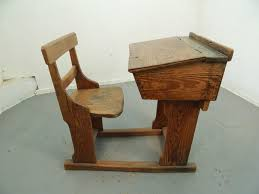 wooden school desk and chair. Vintage,1930 S?,adj,school Desk,desk,childrens Desk, Wooden School Desk And Chair O