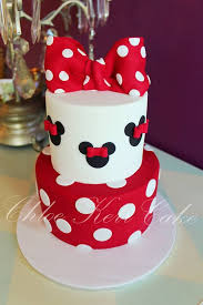 Minnie Mouse Cake In Red Black And White Chloe Kerr Cakes Cakes
