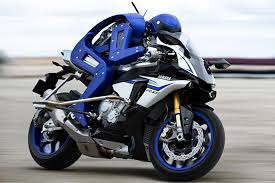 yamaha built a motorcycle riding robot to rival a champ