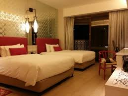 Village Hotel Katong by Far East Hospitality: family twin bed room (2 comfy  double