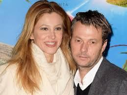 Adriana Volpe è tornata single? La conduttrice chiarisce: No, sono sposata  con Roberto Parli