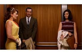 MADCHEN AMICK/ANDREA RHODES MAD MEN DRESS A yellow linen sleeveless dress  worn by Madchen Amick a