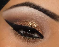 glitter gold eye makeup photo 1