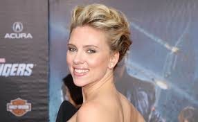 close up of scarlett johansson s face on the red carpet of the premiere of the avengers