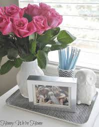 office table decoration. Use A Tray To Keep Your Desk Organized. Decorate Office Table Decoration