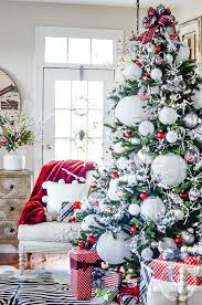 Image Ball Ornaments Nice 51 Fascinating Christmas Tree Ideas For Living Room Pinterest 51 Fascinating Christmas Tree Ideas For Living Room Living Room