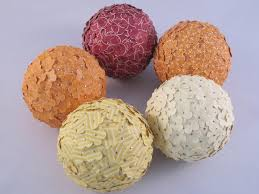 How To Decorate Polystyrene Balls 60JPG 60×60 Christmas Pinterest 1