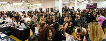the usual scene at the makeup show chicago