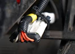 how corrosion causes electrical problems article truckinginfo com wires leading into a connector are a pathway for corrosion wires should have a drip