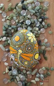decorative rocks ideas