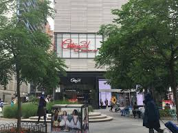Designer Stores In Manhattan The 6 Best Shopping Outlets In Nyc Discount Shopping In Nyc