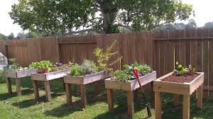how to make a raised vegetable garden. Awesome Creative Diy Backyard Vegetable Garden House Design Using Pallet For How To Make Raised Flower A