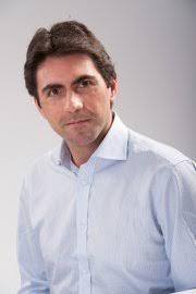 Daniel Lumera è un riconosciuto formatore internazionale, scrittore, conferenziere e ricercatore indipendente. Collabora con varie Università come ... - daniel-lumera_18661