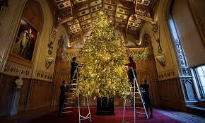 The history of the <b>royal Christmas tree</b>: Everything you need to know ...