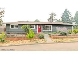 Garage Door beez garage door services pictures : 4711 SE 30th Ave, Portland, OR 97202 | MLS# 17194022 | Redfin