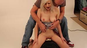 Free vidoes woman using sex machines