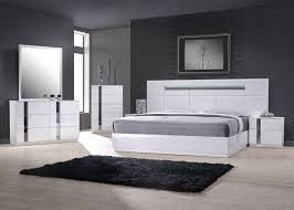 white king bedroom set. Modren King Ju0026M Palermo Contemporary King Bedroom Set In White Lacquer And Chrome  5Pcs ReviewsJu0026M To G